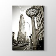 TabloshopFifth Avenue Building Tablosu 30x45 cm